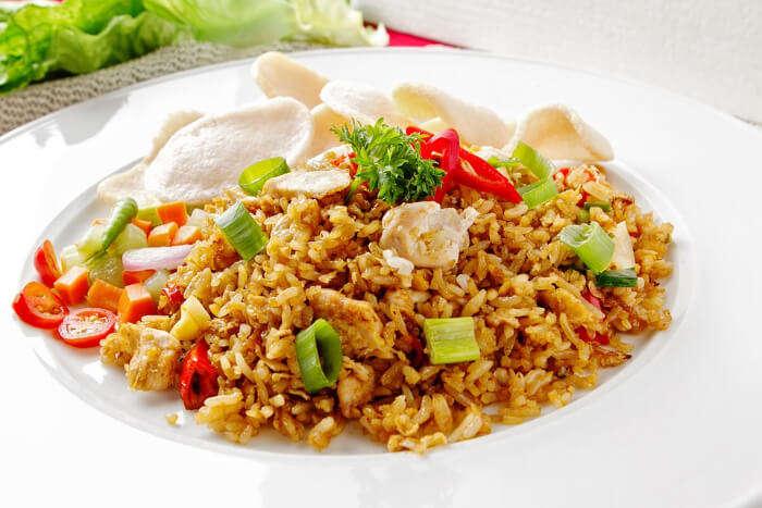 A veg fried rice platter