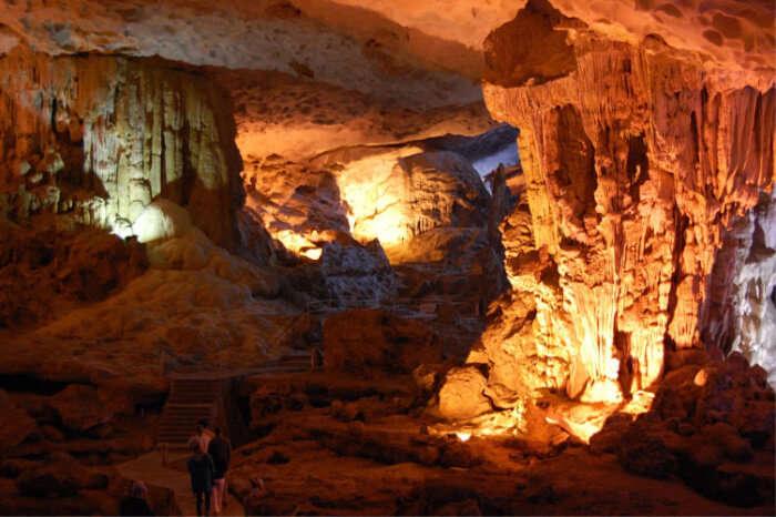 Khau Pheung Cave