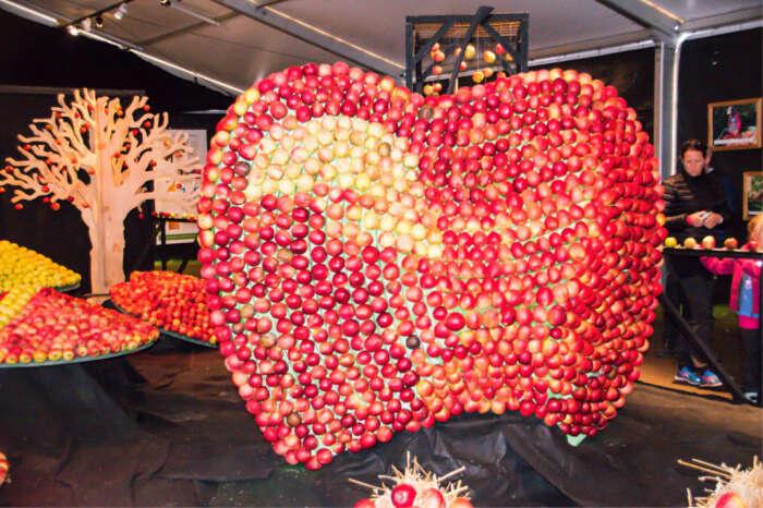 Apple Market Festival