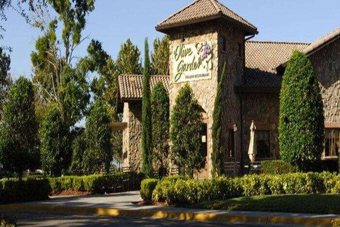 Olive Garden Bar