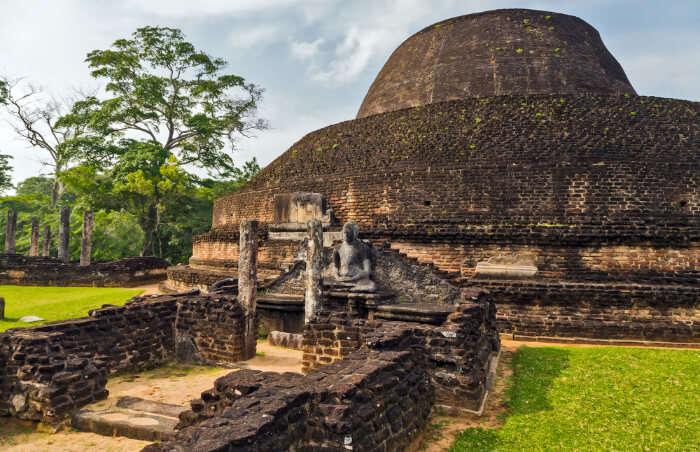 Pabalu Vihara in Polonnaruwa