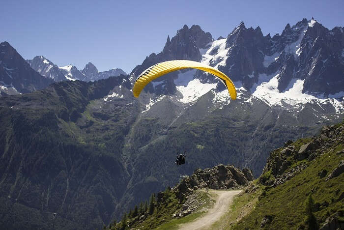 Paragliding in lower surface