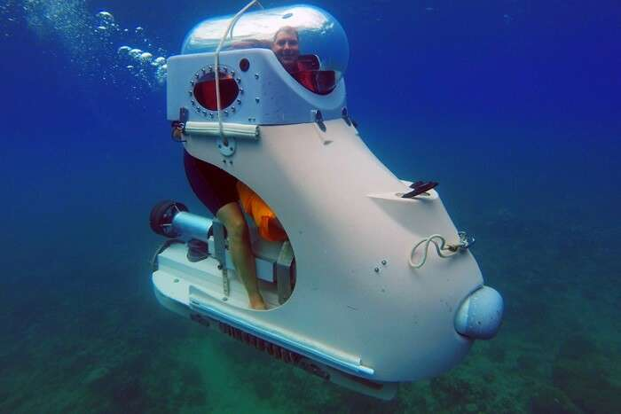 Ride-a-scooter-on-the-ocean-floor