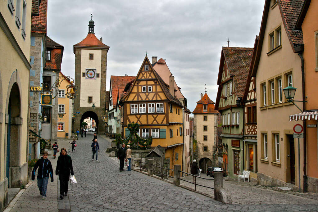 Romantic Road, Rothenburg, and Harburg Day Tour