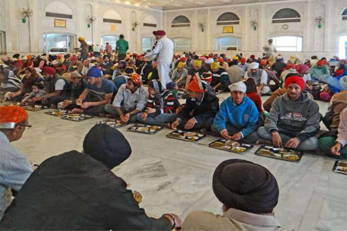 What To Expect When Visiting Guru Nanak Darbar Dubai