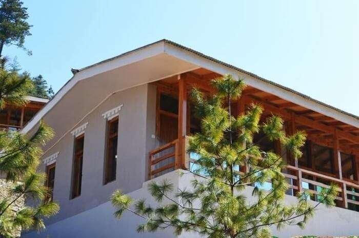 Zingkham Cottages