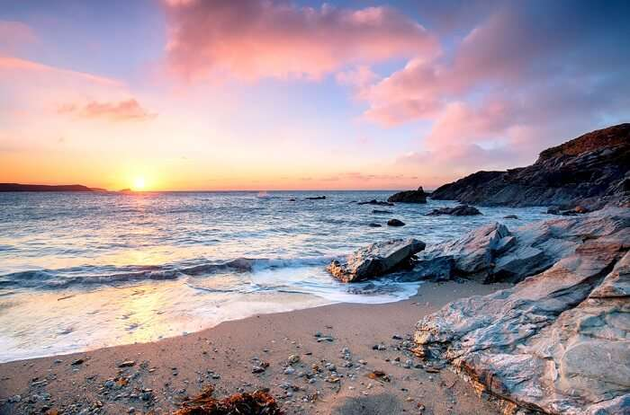 Best and fantastic beaches in united kingdom