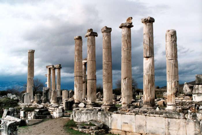 Aphrodisias temple