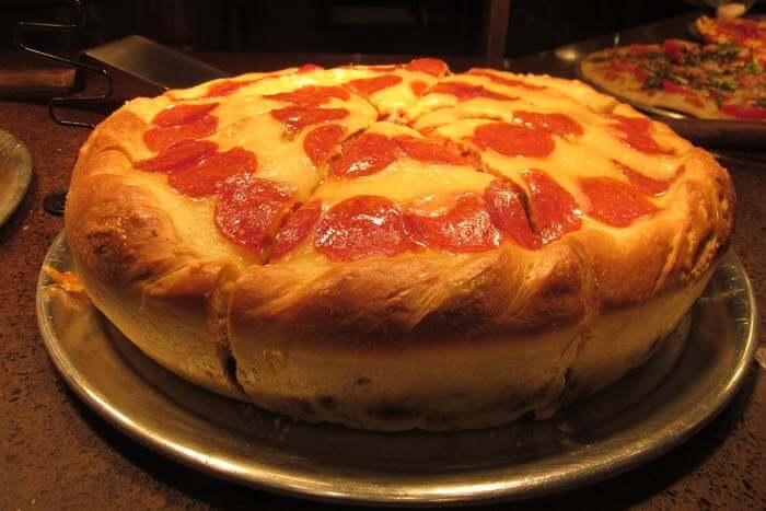 Large creamy Pizza