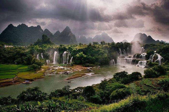 Beautiful Detian Falls