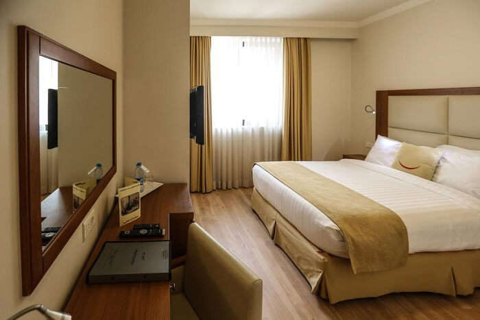 Farah Hotel and Hostel
