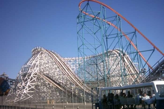Have Fun at Six Flags Magic Mountain
