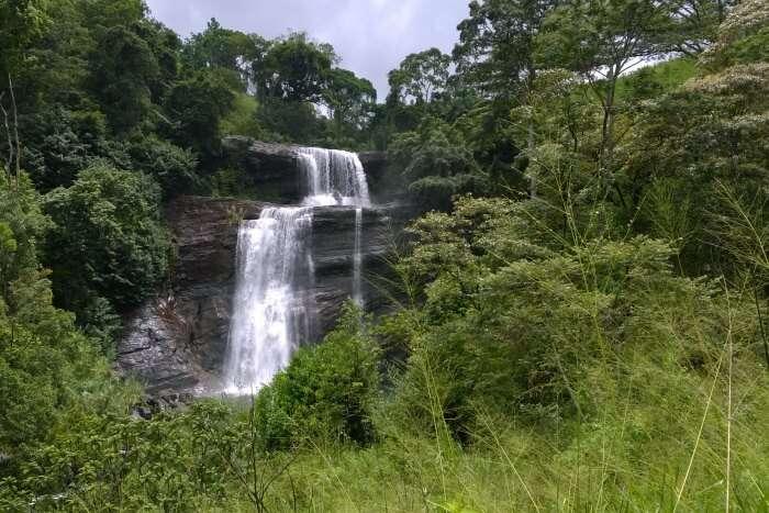 Huluganga Falls