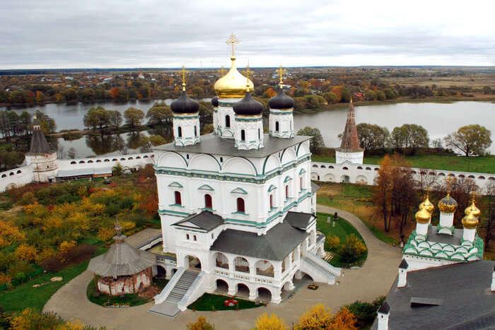 Joseph-Volokolamsk Monastery view from outside