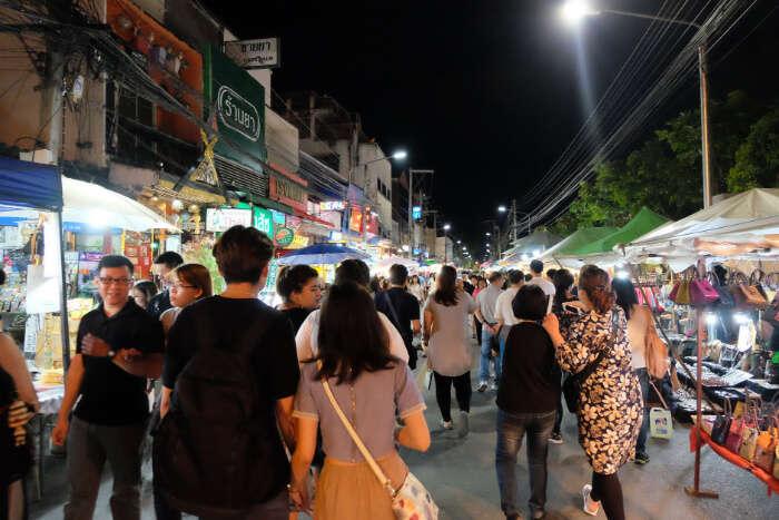 Kat Rin Kham Night Bazaar