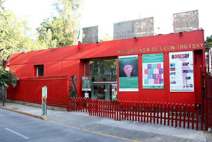 La Casa Azul and Museo Casa de León Trotsky