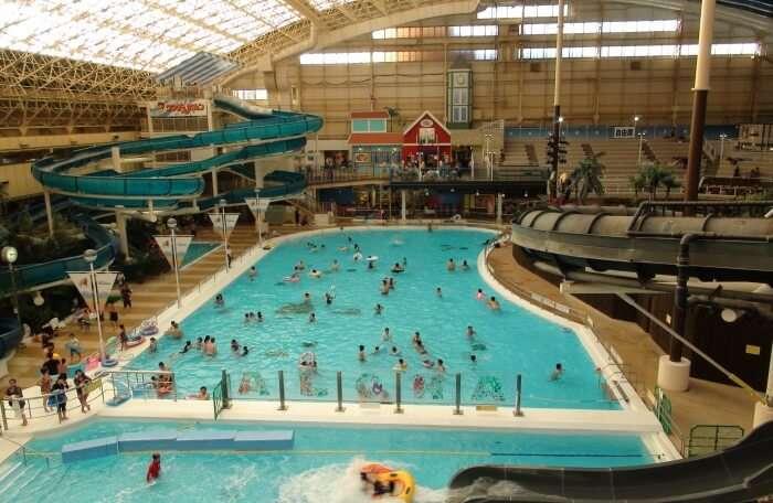 Spa Resort Hawaiians Water Park