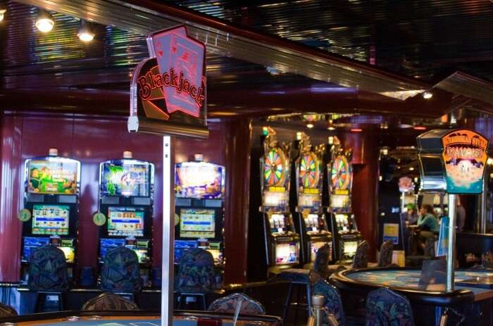 Try-Your-Luck-At-A-Bahamian-Casino