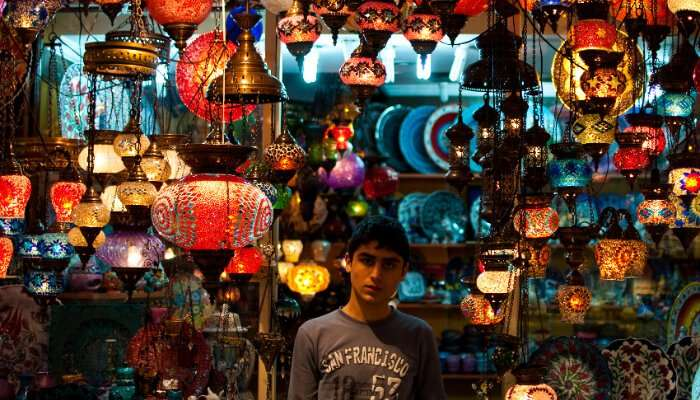 A lamp stall in the Grand Bazaar