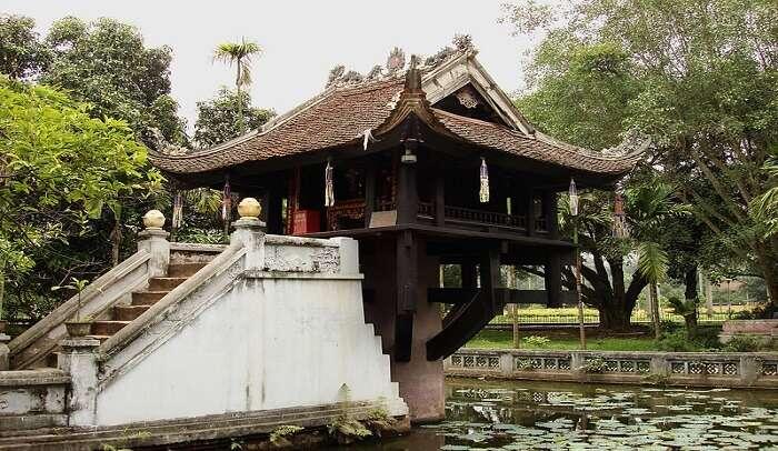 About One Pillar Pagoda