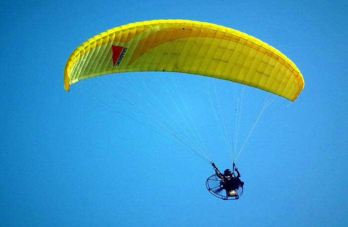 Adventure Sports in sky