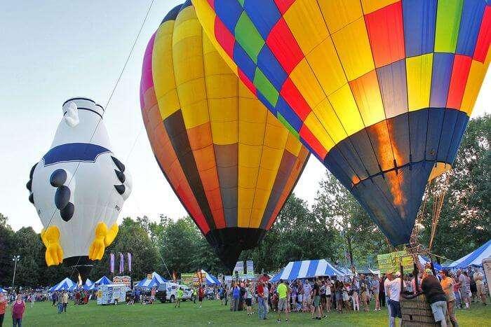 Air balloons view