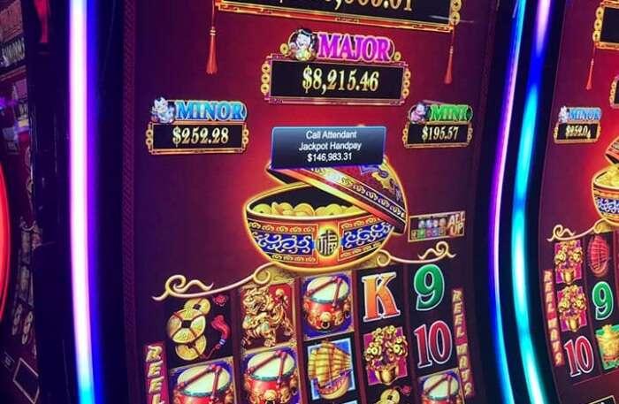 Arenia Casino