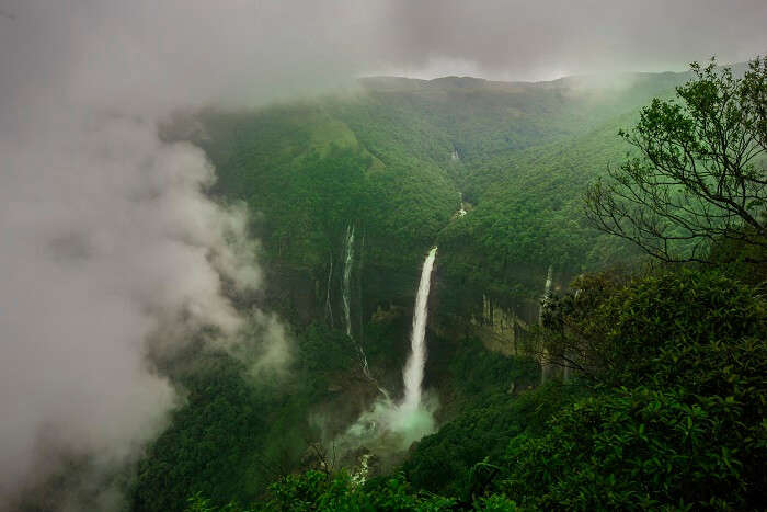famous waterfall in chaerrapunji