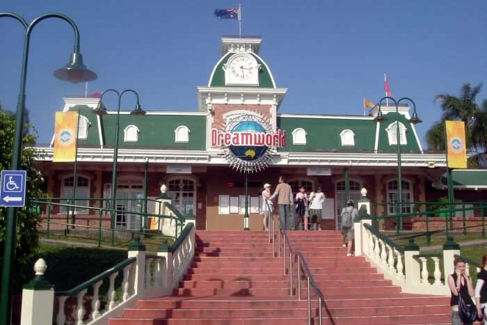 Dreamworld Theme Park and Zoo