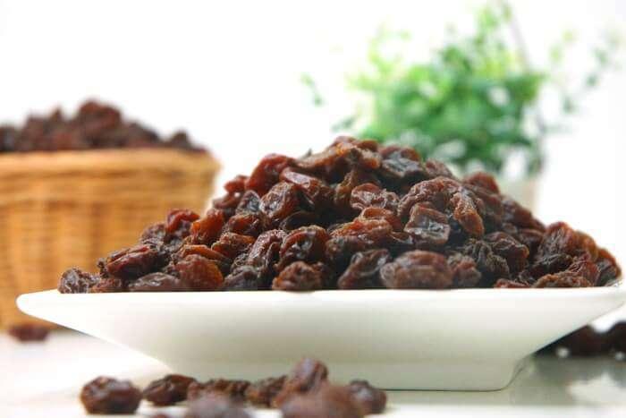 Eating raisins at midnight