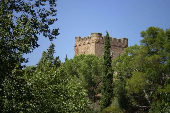 El-Castillo-de-Batres