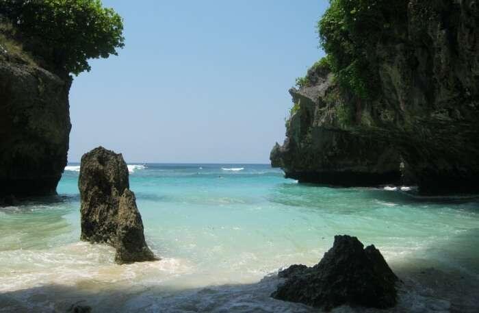 Enjoy A Trip Around Suluban Beach