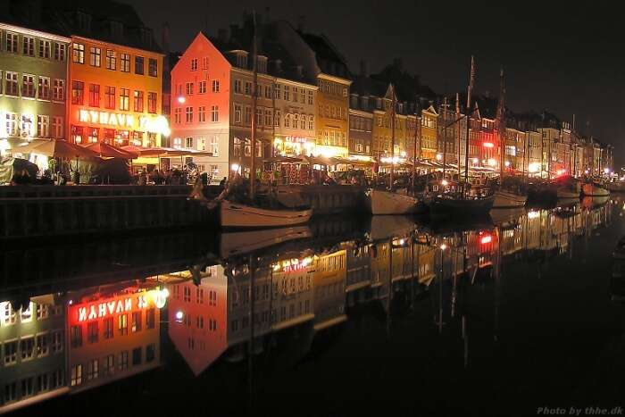Explore-Nyhavn-At-Nigh