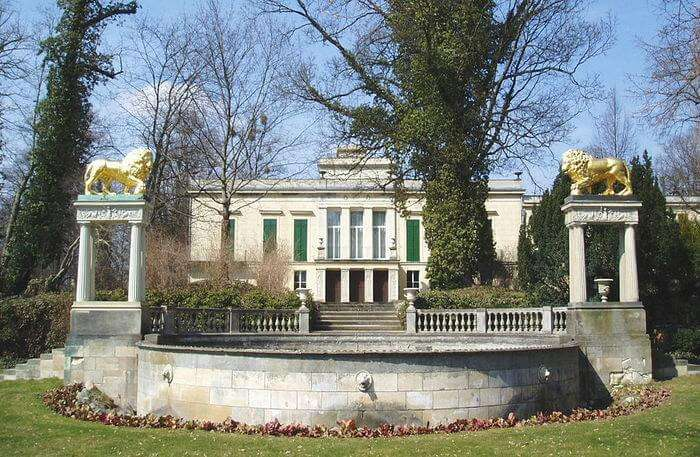 Glienicke Palace In Berlin