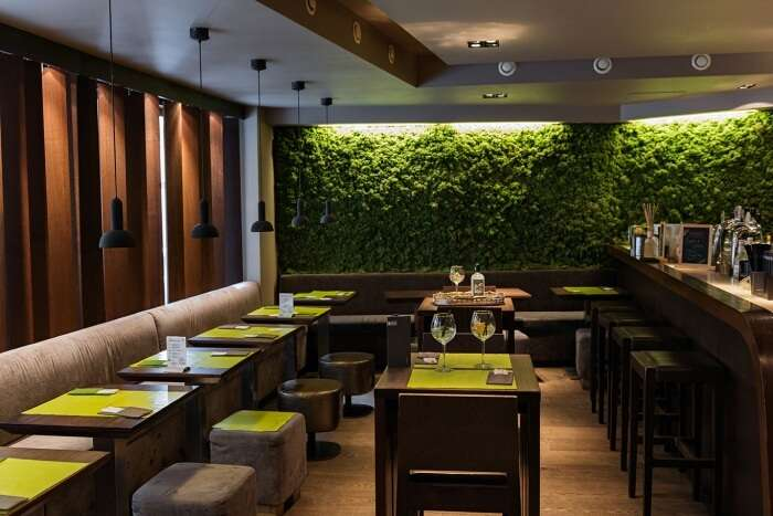 Go Ten Gin Bar & Asian Cuisine