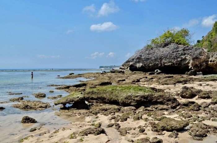 How To Reach Padang Padang Beach