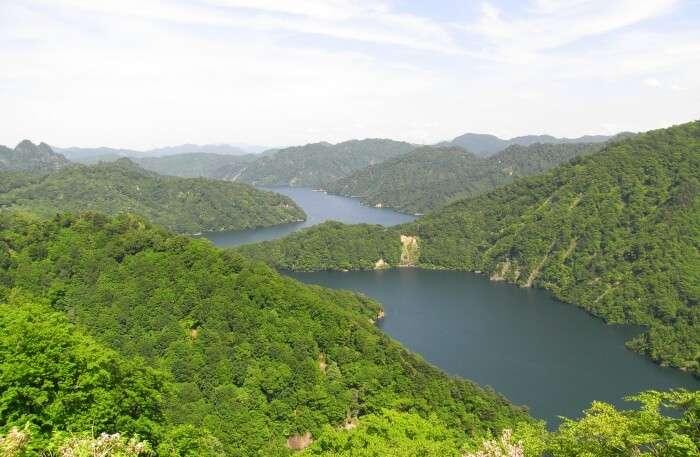 Lake-Tagokura