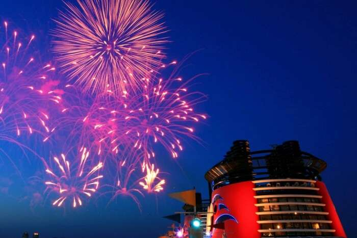 New Year toast in cruise