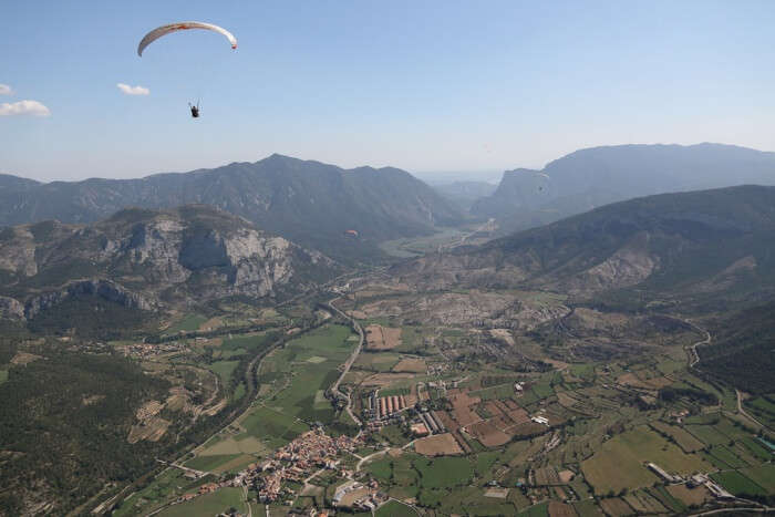 Paragliding In Spain: 10 Best Spots For Those Who Want To Fly