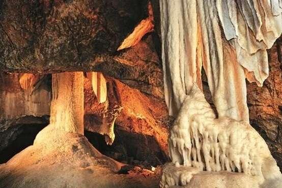 Puncava Cave