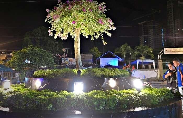 Roxas Night Market