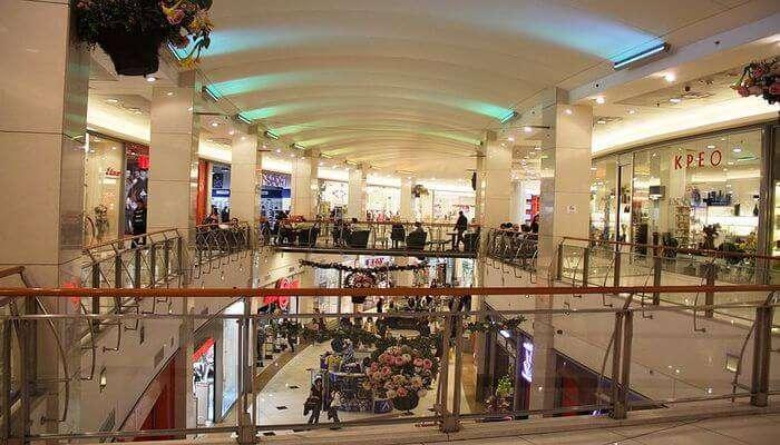 Shopping in Vitosha Boulevard