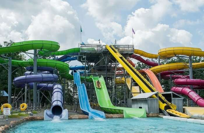 Visit The Six Flags Hurricane Harbor