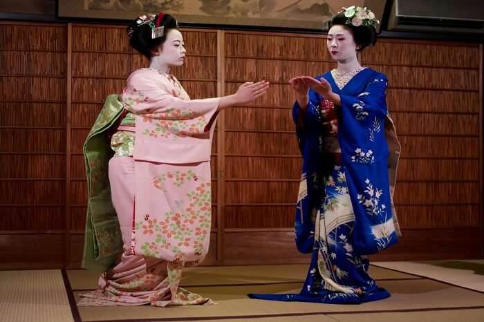 Visit traditional Japanese theatres