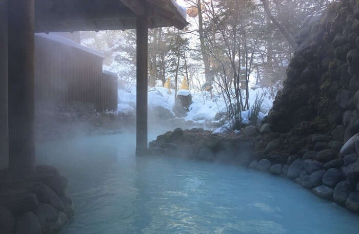mineral-rich hot spring bath