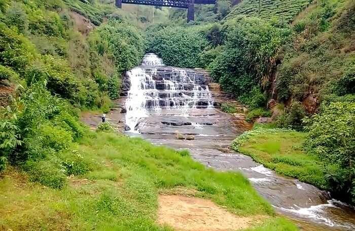 Nanuoya Waterfalls