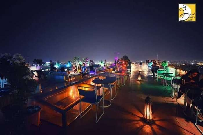 rooftop lounge in jaipur