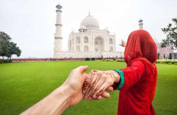 Agra Taj Mahal Couple View