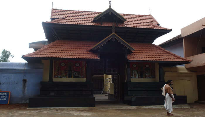 Arattupuzha temple in thrissur