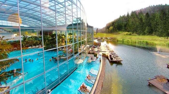 indoor outdoor water park
